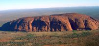 uluru_helicopter_view-crop