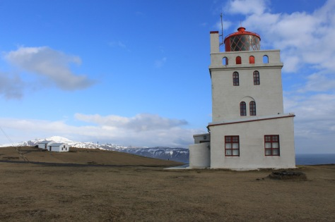 leuchtturm-von-dyrholaey